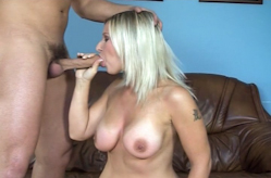 Carmen gets hard pounding during her casting, Sc&egrave;ne 3